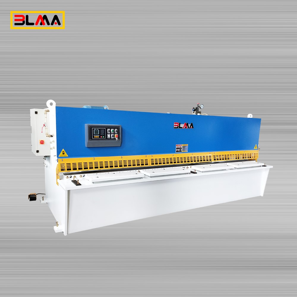 swing beam shearing machine